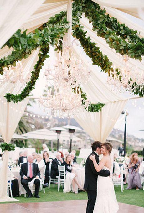 8 Inspirasi Resepsi Pernikahan Outdoor untuk Moment yang Lebih Mengesankan!